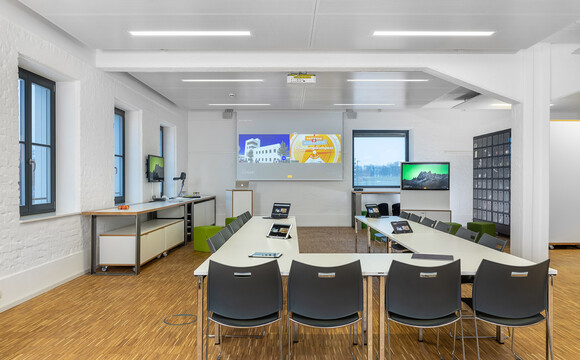 Collaborative workspace with breakout areas at ZDI, Mainfranken, Germany