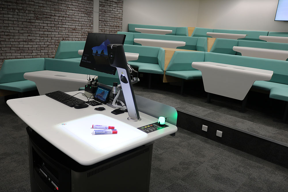 WolfVision Visualizer installed on the lectern, enabling high quality on-screen display of handwriting and objects of all kinds at The University of Warwick.